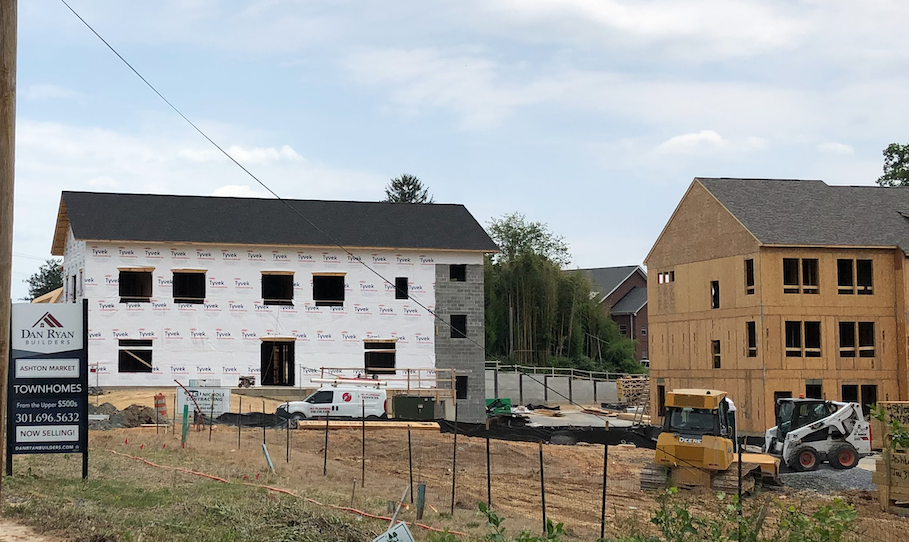 New townhome construction in Ashton Market