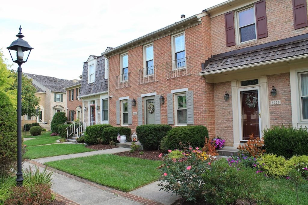 Manor Village townhomes in Rockville Maryland